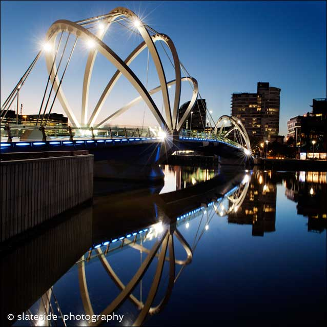 melbourne exhibition center bridge australia
